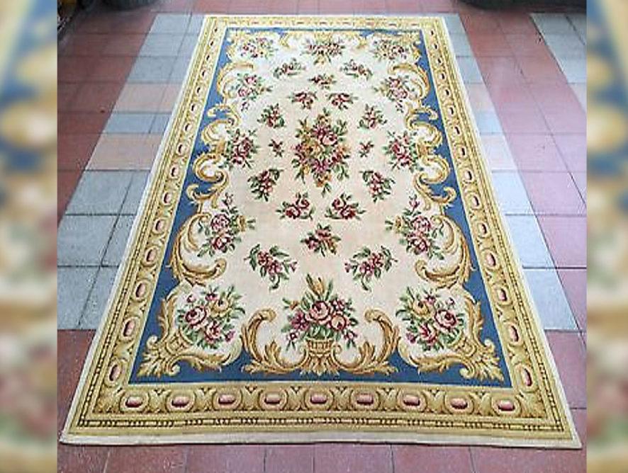 Vente et restauration de tapis anciens Le Vésinet