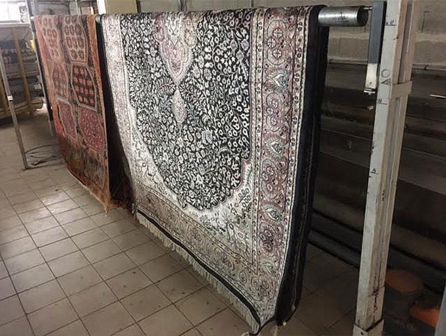 Nettoyage lavage et réparation de tapis à la main Bourges
